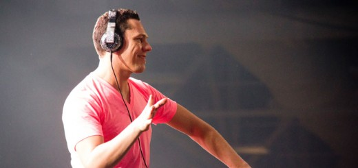 Tiesto at Lights All Night 2011