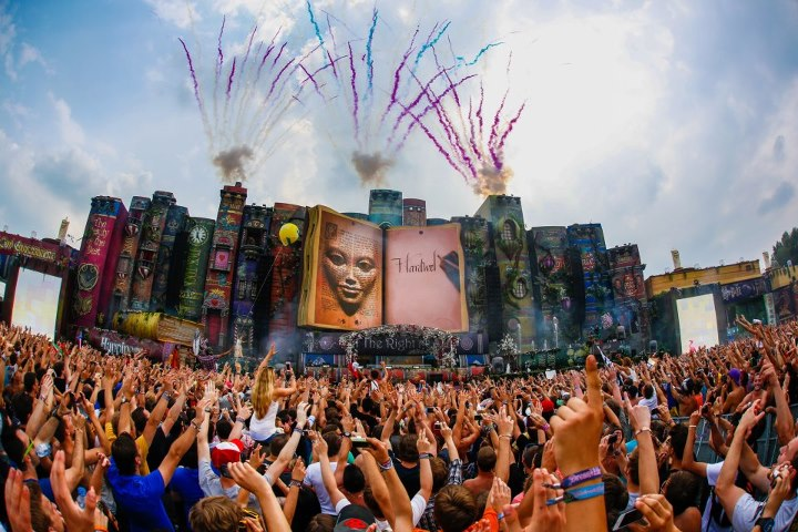 TomorrowWorld reveals theme for inaugural U.S. festival ... What A Crowd What A Stage Tomorrowland 2013 In Photos