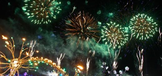 edc-lv-2013-fireworks-day1
