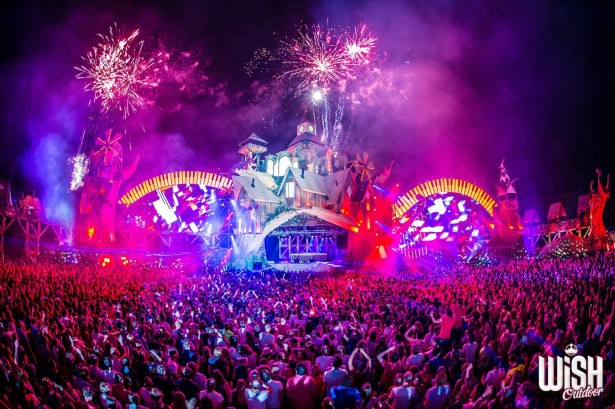 EDM stage design - WiSH Outdoor Fest 2