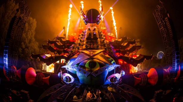 EDM stage design - qdance at tomorowland 2013