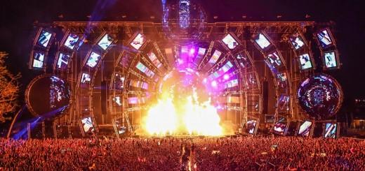 Ultra main stage 2014 night - HeidieinFocus