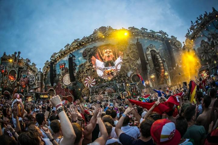 Armin van Buuren Tomorrowland 2014