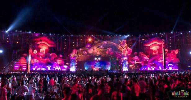 EDC Las Vegas 2013 Day 1-15