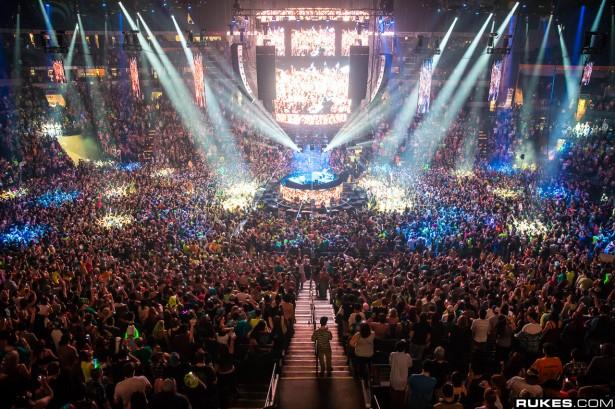 EDM stage design - bassnectar nye nashville 2013