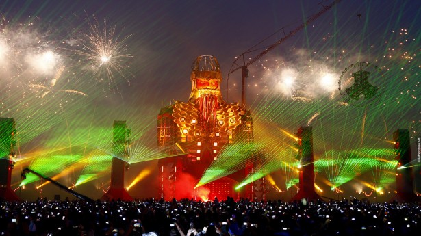 EDM stage design - defqon.1 2011
