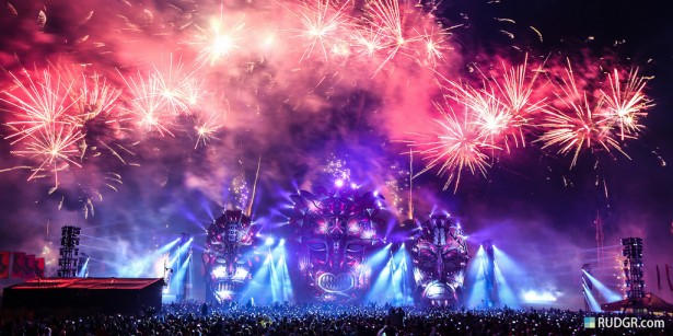 EDM stage design - defqon.1 2013