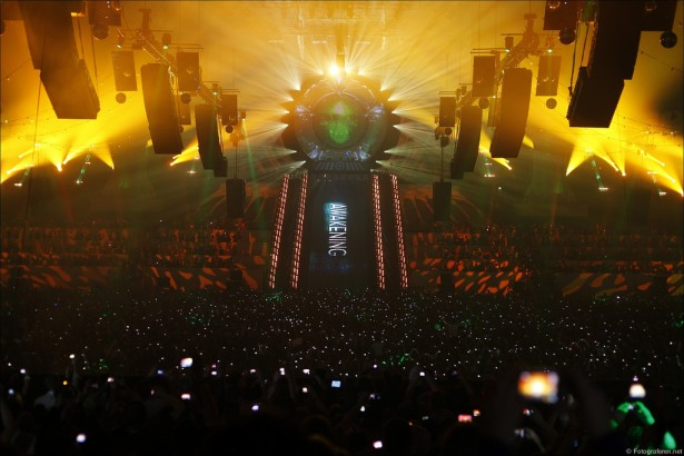 EDM stage design - qlimax 2010 netherlands