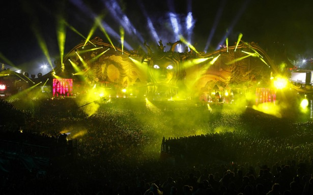 EDM stage design - tomorrowland 2011