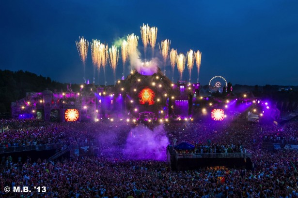 TomorrowWorld 2014 main stage preview 19