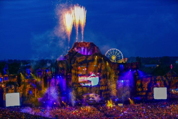 TomorrowWorld 2014 main stage preview 9